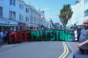 Gaza demo Brighton-140712-522-2
