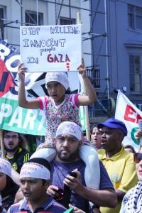 Gaza demo Brighton-140712-574-2